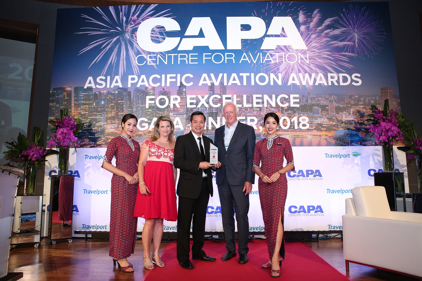 FIN Chairman of the Board, Thai Lion Air Capt Darsito Hendro Seputro (tengah) dalam acara CAPA Asia Aviation & Corporate Travel Summit 2018