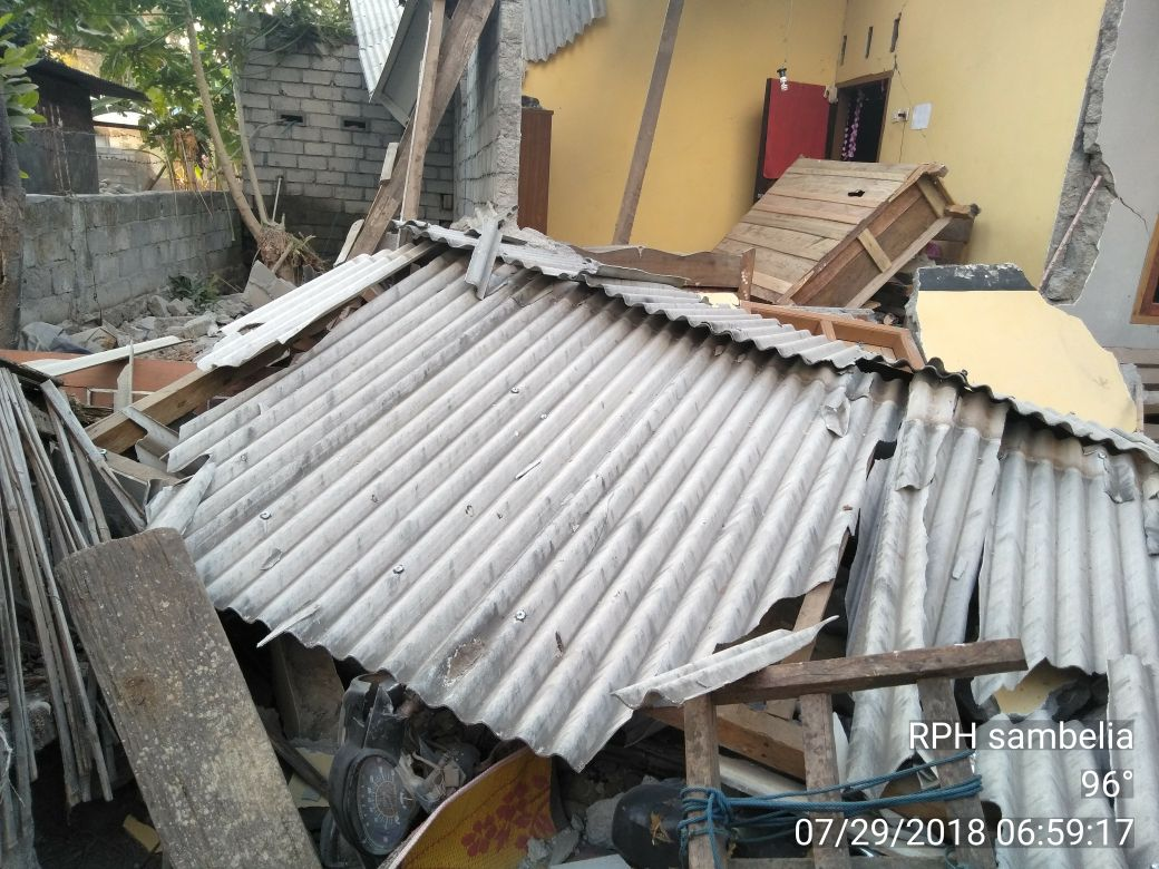 Minggu Pagi Gempa Di Lombok Timur Ntb Sudah Ada Korban Meninggal Rumah Untuk Bumi